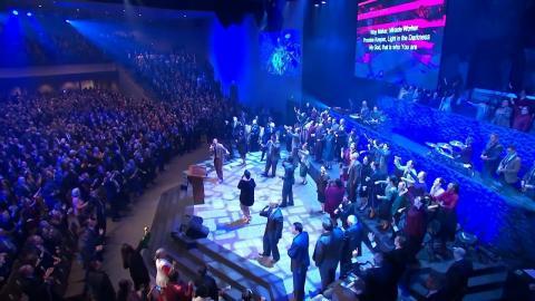 Way Maker ...The Pentecostals of Alexandria church , Louisiana (Lyrics @ CC)